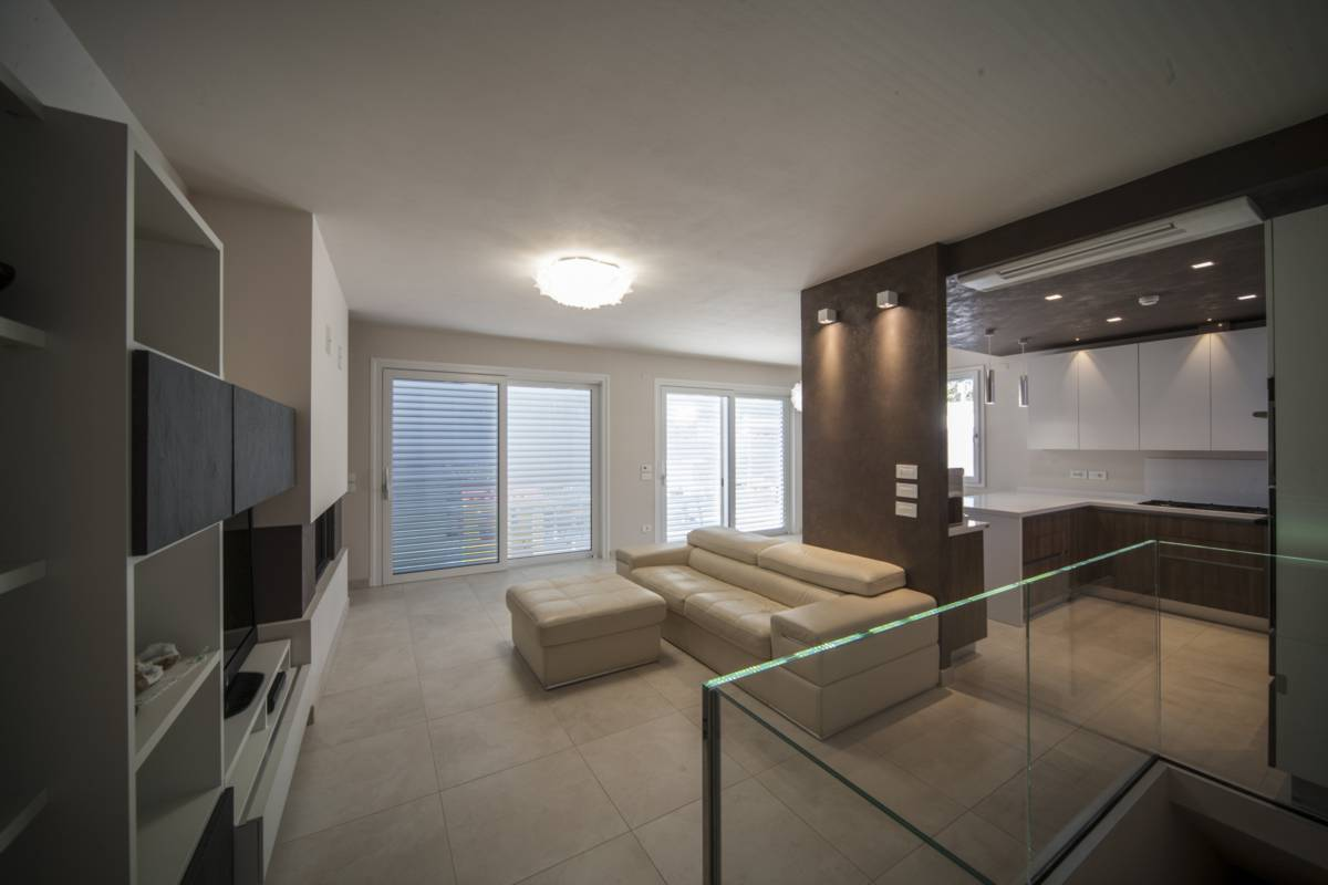Casa montescudo caldo minimalismo casa del mobile rimini - Casa del mobile rimini ...